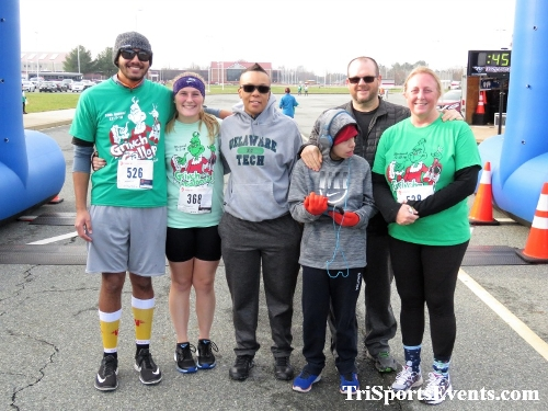 10 Annual Grinch Gallop 5K Run/Walk<br><br><br><br><a href='http://www.trisportsevents.com/pics/IMG_0190_33805473.JPG' download='IMG_0190_33805473.JPG'>Click here to download.</a><Br><a href='http://www.facebook.com/sharer.php?u=http:%2F%2Fwww.trisportsevents.com%2Fpics%2FIMG_0190_33805473.JPG&t=10 Annual Grinch Gallop 5K Run/Walk' target='_blank'><img src='images/fb_share.png' width='100'></a>