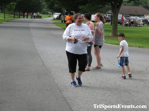 Gotta Have Faye-th 5K Run/Walk<br><br><br><br><a href='http://www.trisportsevents.com/pics/IMG_0191_29415940.JPG' download='IMG_0191_29415940.JPG'>Click here to download.</a><Br><a href='http://www.facebook.com/sharer.php?u=http:%2F%2Fwww.trisportsevents.com%2Fpics%2FIMG_0191_29415940.JPG&t=Gotta Have Faye-th 5K Run/Walk' target='_blank'><img src='images/fb_share.png' width='100'></a>