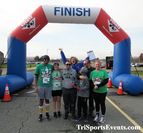 10 Annual Grinch Gallop 5K Run/Walk<br><br><br><br><a href='http://www.trisportsevents.com/pics/IMG_0191_9681606.JPG' download='IMG_0191_9681606.JPG'>Click here to download.</a><Br><a href='http://www.facebook.com/sharer.php?u=http:%2F%2Fwww.trisportsevents.com%2Fpics%2FIMG_0191_9681606.JPG&t=10 Annual Grinch Gallop 5K Run/Walk' target='_blank'><img src='images/fb_share.png' width='100'></a>