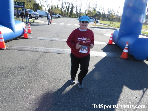 Dover Boys & Girls Club Be Great 5K Run/Walk<br><br><br><br><a href='https://www.trisportsevents.com/pics/IMG_0194_71425432.JPG' download='IMG_0194_71425432.JPG'>Click here to download.</a><Br><a href='http://www.facebook.com/sharer.php?u=http:%2F%2Fwww.trisportsevents.com%2Fpics%2FIMG_0194_71425432.JPG&t=Dover Boys & Girls Club Be Great 5K Run/Walk' target='_blank'><img src='images/fb_share.png' width='100'></a>