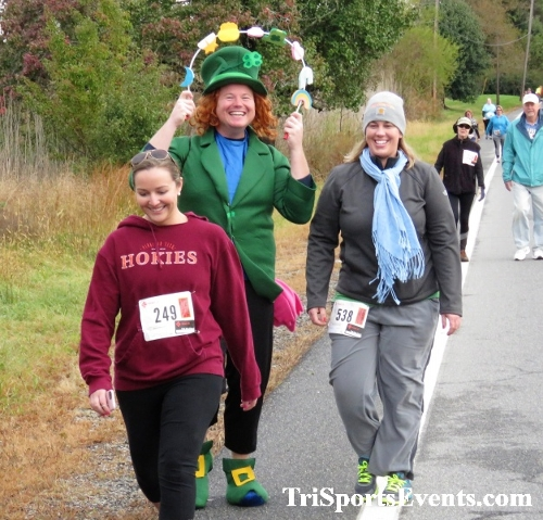 Shamrock Scramble 5K Run/Walk<br><br><br><br><a href='https://www.trisportsevents.com/pics/IMG_0195.JPG' download='IMG_0195.JPG'>Click here to download.</a><Br><a href='http://www.facebook.com/sharer.php?u=http:%2F%2Fwww.trisportsevents.com%2Fpics%2FIMG_0195.JPG&t=Shamrock Scramble 5K Run/Walk' target='_blank'><img src='images/fb_share.png' width='100'></a>