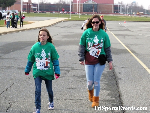 10 Annual Grinch Gallop 5K Run/Walk<br><br><br><br><a href='http://www.trisportsevents.com/pics/IMG_0195_58650983.JPG' download='IMG_0195_58650983.JPG'>Click here to download.</a><Br><a href='http://www.facebook.com/sharer.php?u=http:%2F%2Fwww.trisportsevents.com%2Fpics%2FIMG_0195_58650983.JPG&t=10 Annual Grinch Gallop 5K Run/Walk' target='_blank'><img src='images/fb_share.png' width='100'></a>