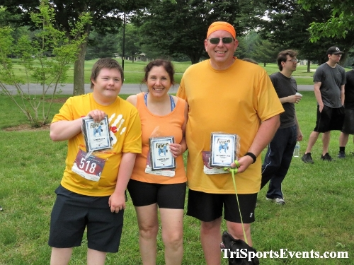 Gotta Have Faye-th 5K Run/Walk<br><br><br><br><a href='http://www.trisportsevents.com/pics/IMG_0196_23749497.JPG' download='IMG_0196_23749497.JPG'>Click here to download.</a><Br><a href='http://www.facebook.com/sharer.php?u=http:%2F%2Fwww.trisportsevents.com%2Fpics%2FIMG_0196_23749497.JPG&t=Gotta Have Faye-th 5K Run/Walk' target='_blank'><img src='images/fb_share.png' width='100'></a>