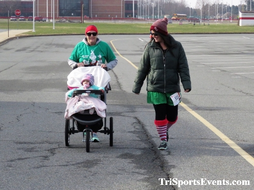 10 Annual Grinch Gallop 5K Run/Walk<br><br><br><br><a href='http://www.trisportsevents.com/pics/IMG_0204_211713.JPG' download='IMG_0204_211713.JPG'>Click here to download.</a><Br><a href='http://www.facebook.com/sharer.php?u=http:%2F%2Fwww.trisportsevents.com%2Fpics%2FIMG_0204_211713.JPG&t=10 Annual Grinch Gallop 5K Run/Walk' target='_blank'><img src='images/fb_share.png' width='100'></a>