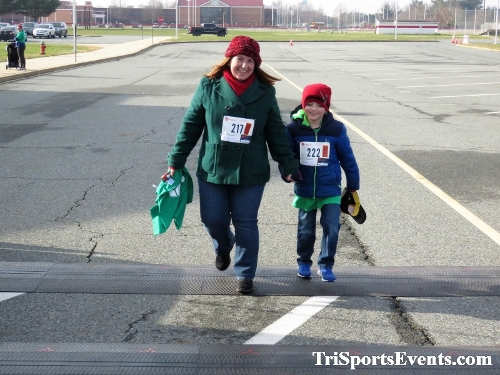 10 Annual Grinch Gallop 5K Run/Walk<br><br><br><br><a href='http://www.trisportsevents.com/pics/IMG_0205_47260230.JPG' download='IMG_0205_47260230.JPG'>Click here to download.</a><Br><a href='http://www.facebook.com/sharer.php?u=http:%2F%2Fwww.trisportsevents.com%2Fpics%2FIMG_0205_47260230.JPG&t=10 Annual Grinch Gallop 5K Run/Walk' target='_blank'><img src='images/fb_share.png' width='100'></a>