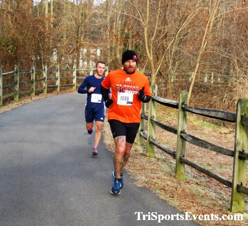 Deck the Trails 5K Run/Walk<br><br><br><br><a href='https://www.trisportsevents.com/pics/IMG_0215_56988328.JPG' download='IMG_0215_56988328.JPG'>Click here to download.</a><Br><a href='http://www.facebook.com/sharer.php?u=http:%2F%2Fwww.trisportsevents.com%2Fpics%2FIMG_0215_56988328.JPG&t=Deck the Trails 5K Run/Walk' target='_blank'><img src='images/fb_share.png' width='100'></a>