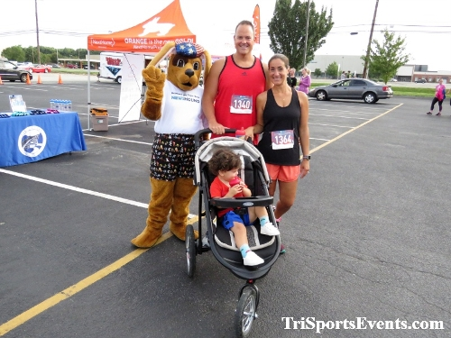 KCAR 5K Run/Walk & Classic Car Show<br><br><br><br><a href='https://www.trisportsevents.com/pics/IMG_0223_79456578.JPG' download='IMG_0223_79456578.JPG'>Click here to download.</a><Br><a href='http://www.facebook.com/sharer.php?u=http:%2F%2Fwww.trisportsevents.com%2Fpics%2FIMG_0223_79456578.JPG&t=KCAR 5K Run/Walk & Classic Car Show' target='_blank'><img src='images/fb_share.png' width='100'></a>