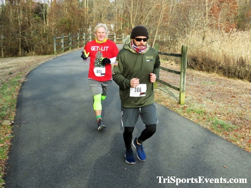 Deck the Trails 5K Run/Walk<br><br><br><br><a href='https://www.trisportsevents.com/pics/IMG_0225_64903720.JPG' download='IMG_0225_64903720.JPG'>Click here to download.</a><Br><a href='http://www.facebook.com/sharer.php?u=http:%2F%2Fwww.trisportsevents.com%2Fpics%2FIMG_0225_64903720.JPG&t=Deck the Trails 5K Run/Walk' target='_blank'><img src='images/fb_share.png' width='100'></a>
