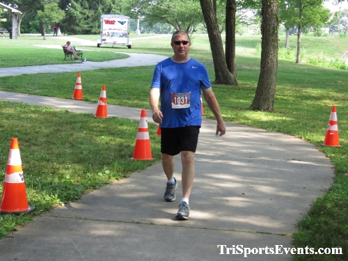 Freedom 5K Ran/Walk<br><br><br><br><a href='https://www.trisportsevents.com/pics/IMG_0225_97686921.JPG' download='IMG_0225_97686921.JPG'>Click here to download.</a><Br><a href='http://www.facebook.com/sharer.php?u=http:%2F%2Fwww.trisportsevents.com%2Fpics%2FIMG_0225_97686921.JPG&t=Freedom 5K Ran/Walk' target='_blank'><img src='images/fb_share.png' width='100'></a>