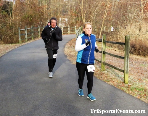 Deck the Trails 5K Run/Walk<br><br><br><br><a href='https://www.trisportsevents.com/pics/IMG_0226_93090493.JPG' download='IMG_0226_93090493.JPG'>Click here to download.</a><Br><a href='http://www.facebook.com/sharer.php?u=http:%2F%2Fwww.trisportsevents.com%2Fpics%2FIMG_0226_93090493.JPG&t=Deck the Trails 5K Run/Walk' target='_blank'><img src='images/fb_share.png' width='100'></a>