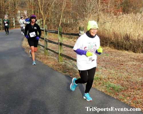 Deck the Trails 5K Run/Walk<br><br><br><br><a href='https://www.trisportsevents.com/pics/IMG_0229_12829184.JPG' download='IMG_0229_12829184.JPG'>Click here to download.</a><Br><a href='http://www.facebook.com/sharer.php?u=http:%2F%2Fwww.trisportsevents.com%2Fpics%2FIMG_0229_12829184.JPG&t=Deck the Trails 5K Run/Walk' target='_blank'><img src='images/fb_share.png' width='100'></a>