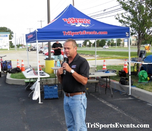 KCAR 5K Run/Walk & Classic Car Show<br><br><br><br><a href='https://www.trisportsevents.com/pics/IMG_0232_85589509.JPG' download='IMG_0232_85589509.JPG'>Click here to download.</a><Br><a href='http://www.facebook.com/sharer.php?u=http:%2F%2Fwww.trisportsevents.com%2Fpics%2FIMG_0232_85589509.JPG&t=KCAR 5K Run/Walk & Classic Car Show' target='_blank'><img src='images/fb_share.png' width='100'></a>