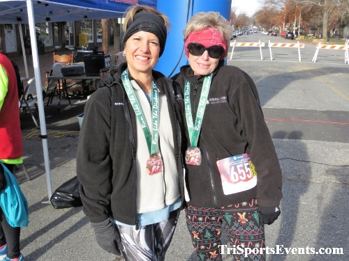 Run Like The Dickens 5K Run/Walk<br><br><br><br><a href='https://www.trisportsevents.com/pics/IMG_0244_41517236.JPG' download='IMG_0244_41517236.JPG'>Click here to download.</a><Br><a href='http://www.facebook.com/sharer.php?u=http:%2F%2Fwww.trisportsevents.com%2Fpics%2FIMG_0244_41517236.JPG&t=Run Like The Dickens 5K Run/Walk' target='_blank'><img src='images/fb_share.png' width='100'></a>