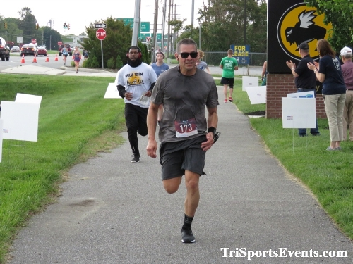 Milk Run 5K Run/Walk<br><br><br><br><a href='https://www.trisportsevents.com/pics/IMG_0245_64472844.JPG' download='IMG_0245_64472844.JPG'>Click here to download.</a><Br><a href='http://www.facebook.com/sharer.php?u=http:%2F%2Fwww.trisportsevents.com%2Fpics%2FIMG_0245_64472844.JPG&t=Milk Run 5K Run/Walk' target='_blank'><img src='images/fb_share.png' width='100'></a>
