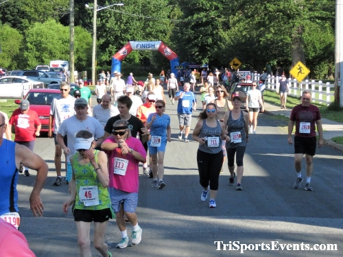41st Great Wyoming Buffalo Stampede 5K/10K<br><br><br><br><a href='https://www.trisportsevents.com/pics/IMG_0271_93735438.JPG' download='IMG_0271_93735438.JPG'>Click here to download.</a><Br><a href='http://www.facebook.com/sharer.php?u=http:%2F%2Fwww.trisportsevents.com%2Fpics%2FIMG_0271_93735438.JPG&t=41st Great Wyoming Buffalo Stampede 5K/10K' target='_blank'><img src='images/fb_share.png' width='100'></a>