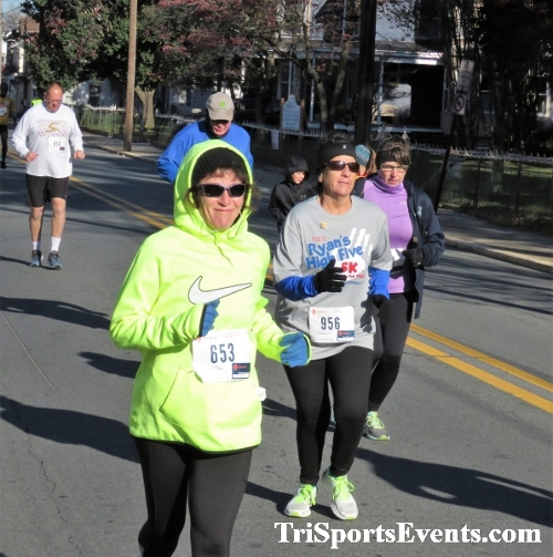 Ryan's High Five 5K Run/Walk<br><br><br><br><a href='http://www.trisportsevents.com/pics/IMG_0285_56344148.JPG' download='IMG_0285_56344148.JPG'>Click here to download.</a><Br><a href='http://www.facebook.com/sharer.php?u=http:%2F%2Fwww.trisportsevents.com%2Fpics%2FIMG_0285_56344148.JPG&t=Ryan's High Five 5K Run/Walk' target='_blank'><img src='images/fb_share.png' width='100'></a>