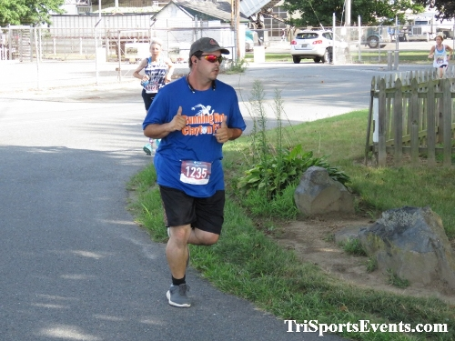 Running Hot 5K Run/Walk - Clayton Fire Company<br><br><br><br><a href='http://www.trisportsevents.com/pics/IMG_0287_47725364.JPG' download='IMG_0287_47725364.JPG'>Click here to download.</a><Br><a href='http://www.facebook.com/sharer.php?u=http:%2F%2Fwww.trisportsevents.com%2Fpics%2FIMG_0287_47725364.JPG&t=Running Hot 5K Run/Walk - Clayton Fire Company' target='_blank'><img src='images/fb_share.png' width='100'></a>