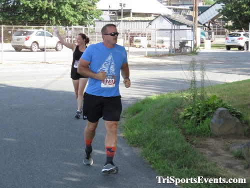 Running Hot 5K Run/Walk - Clayton Fire Company<br><br><br><br><a href='http://www.trisportsevents.com/pics/IMG_0303_37879931.JPG' download='IMG_0303_37879931.JPG'>Click here to download.</a><Br><a href='http://www.facebook.com/sharer.php?u=http:%2F%2Fwww.trisportsevents.com%2Fpics%2FIMG_0303_37879931.JPG&t=Running Hot 5K Run/Walk - Clayton Fire Company' target='_blank'><img src='images/fb_share.png' width='100'></a>