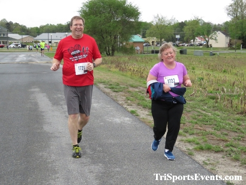 Heart & Sole 5K Run/Walk<br><br><br><br><a href='https://www.trisportsevents.com/pics/IMG_0319_82047867.JPG' download='IMG_0319_82047867.JPG'>Click here to download.</a><Br><a href='http://www.facebook.com/sharer.php?u=http:%2F%2Fwww.trisportsevents.com%2Fpics%2FIMG_0319_82047867.JPG&t=Heart & Sole 5K Run/Walk' target='_blank'><img src='images/fb_share.png' width='100'></a>