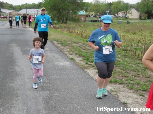 Heart & Sole 5K Run/Walk<br><br><br><br><a href='https://www.trisportsevents.com/pics/IMG_0324_18990018.JPG' download='IMG_0324_18990018.JPG'>Click here to download.</a><Br><a href='http://www.facebook.com/sharer.php?u=http:%2F%2Fwww.trisportsevents.com%2Fpics%2FIMG_0324_18990018.JPG&t=Heart & Sole 5K Run/Walk' target='_blank'><img src='images/fb_share.png' width='100'></a>