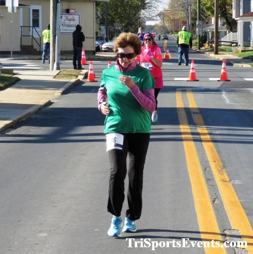 Ryan's High Five 5K Run/Walk<br><br><br><br><a href='http://www.trisportsevents.com/pics/IMG_0329_12539915.JPG' download='IMG_0329_12539915.JPG'>Click here to download.</a><Br><a href='http://www.facebook.com/sharer.php?u=http:%2F%2Fwww.trisportsevents.com%2Fpics%2FIMG_0329_12539915.JPG&t=Ryan's High Five 5K Run/Walk' target='_blank'><img src='images/fb_share.png' width='100'></a>