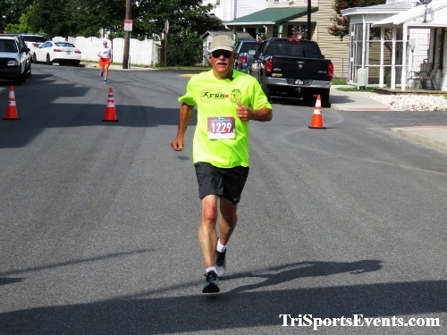 Running Hot 5K Run/Walk - Clayton Fire Company<br><br><br><br><a href='http://www.trisportsevents.com/pics/IMG_0346_77094257.JPG' download='IMG_0346_77094257.JPG'>Click here to download.</a><Br><a href='http://www.facebook.com/sharer.php?u=http:%2F%2Fwww.trisportsevents.com%2Fpics%2FIMG_0346_77094257.JPG&t=Running Hot 5K Run/Walk - Clayton Fire Company' target='_blank'><img src='images/fb_share.png' width='100'></a>