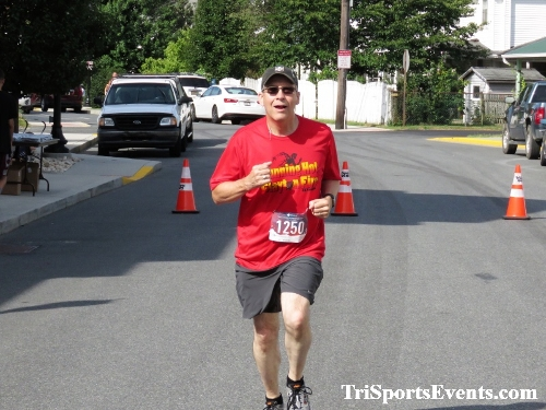 Running Hot 5K Run/Walk - Clayton Fire Company<br><br><br><br><a href='http://www.trisportsevents.com/pics/IMG_0350_24508202.JPG' download='IMG_0350_24508202.JPG'>Click here to download.</a><Br><a href='http://www.facebook.com/sharer.php?u=http:%2F%2Fwww.trisportsevents.com%2Fpics%2FIMG_0350_24508202.JPG&t=Running Hot 5K Run/Walk - Clayton Fire Company' target='_blank'><img src='images/fb_share.png' width='100'></a>