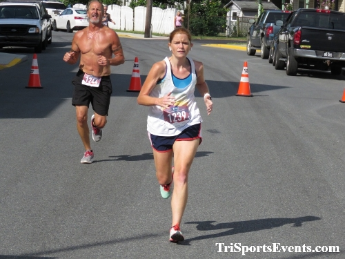 Running Hot 5K Run/Walk - Clayton Fire Company<br><br><br><br><a href='http://www.trisportsevents.com/pics/IMG_0351_48841411.JPG' download='IMG_0351_48841411.JPG'>Click here to download.</a><Br><a href='http://www.facebook.com/sharer.php?u=http:%2F%2Fwww.trisportsevents.com%2Fpics%2FIMG_0351_48841411.JPG&t=Running Hot 5K Run/Walk - Clayton Fire Company' target='_blank'><img src='images/fb_share.png' width='100'></a>
