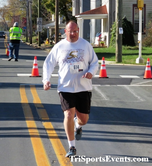Ryan's High Five 5K Run/Walk<br><br><br><br><a href='https://www.trisportsevents.com/pics/IMG_0357_85149210.JPG' download='IMG_0357_85149210.JPG'>Click here to download.</a><Br><a href='http://www.facebook.com/sharer.php?u=http:%2F%2Fwww.trisportsevents.com%2Fpics%2FIMG_0357_85149210.JPG&t=Ryan's High Five 5K Run/Walk' target='_blank'><img src='images/fb_share.png' width='100'></a>