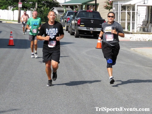 Running Hot 5K Run/Walk - Clayton Fire Company<br><br><br><br><a href='http://www.trisportsevents.com/pics/IMG_0367_5477593.JPG' download='IMG_0367_5477593.JPG'>Click here to download.</a><Br><a href='http://www.facebook.com/sharer.php?u=http:%2F%2Fwww.trisportsevents.com%2Fpics%2FIMG_0367_5477593.JPG&t=Running Hot 5K Run/Walk - Clayton Fire Company' target='_blank'><img src='images/fb_share.png' width='100'></a>