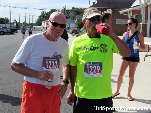 Running Hot 5K Run/Walk - Clayton Fire Company<br><br><br><br><a href='http://www.trisportsevents.com/pics/IMG_0370_9238704.JPG' download='IMG_0370_9238704.JPG'>Click here to download.</a><Br><a href='http://www.facebook.com/sharer.php?u=http:%2F%2Fwww.trisportsevents.com%2Fpics%2FIMG_0370_9238704.JPG&t=Running Hot 5K Run/Walk - Clayton Fire Company' target='_blank'><img src='images/fb_share.png' width='100'></a>