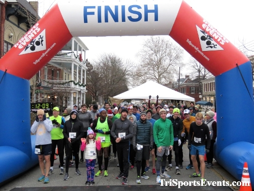 Run Like The Dickens 5K Run/Walk<br><br><br><br><a href='https://www.trisportsevents.com/pics/IMG_0377_63557261.JPG' download='IMG_0377_63557261.JPG'>Click here to download.</a><Br><a href='http://www.facebook.com/sharer.php?u=http:%2F%2Fwww.trisportsevents.com%2Fpics%2FIMG_0377_63557261.JPG&t=Run Like The Dickens 5K Run/Walk' target='_blank'><img src='images/fb_share.png' width='100'></a>