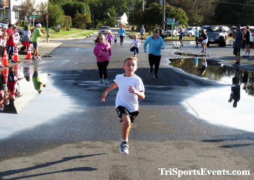 Rock Hall FallFest Rub for Character 5K Run/Walk<br><br><br><br><a href='https://www.trisportsevents.com/pics/IMG_0385_82154024.JPG' download='IMG_0385_82154024.JPG'>Click here to download.</a><Br><a href='http://www.facebook.com/sharer.php?u=http:%2F%2Fwww.trisportsevents.com%2Fpics%2FIMG_0385_82154024.JPG&t=Rock Hall FallFest Rub for Character 5K Run/Walk' target='_blank'><img src='images/fb_share.png' width='100'></a>