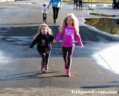 Rock Hall FallFest Rub for Character 5K Run/Walk<br><br><br><br><a href='https://www.trisportsevents.com/pics/IMG_0388_60121993.JPG' download='IMG_0388_60121993.JPG'>Click here to download.</a><Br><a href='http://www.facebook.com/sharer.php?u=http:%2F%2Fwww.trisportsevents.com%2Fpics%2FIMG_0388_60121993.JPG&t=Rock Hall FallFest Rub for Character 5K Run/Walk' target='_blank'><img src='images/fb_share.png' width='100'></a>