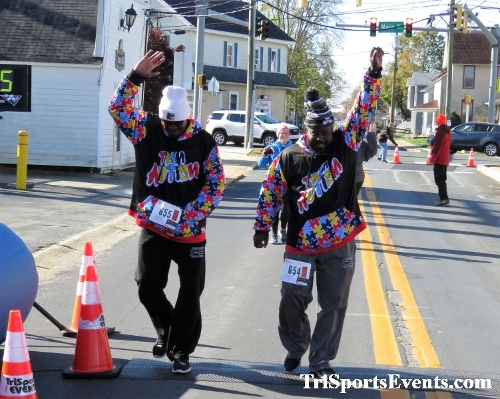 Ryan's High Five 5K Run/Walk<br><br><br><br><a href='http://www.trisportsevents.com/pics/IMG_0391_26607817.JPG' download='IMG_0391_26607817.JPG'>Click here to download.</a><Br><a href='http://www.facebook.com/sharer.php?u=http:%2F%2Fwww.trisportsevents.com%2Fpics%2FIMG_0391_26607817.JPG&t=Ryan's High Five 5K Run/Walk' target='_blank'><img src='images/fb_share.png' width='100'></a>