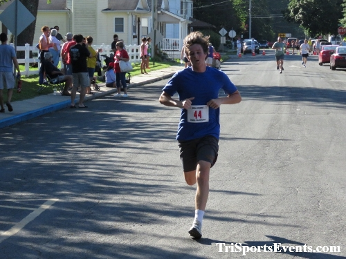 41st Great Wyoming Buffalo Stampede 5K/10K<br><br><br><br><a href='http://www.trisportsevents.com/pics/IMG_0396_99974895.JPG' download='IMG_0396_99974895.JPG'>Click here to download.</a><Br><a href='http://www.facebook.com/sharer.php?u=http:%2F%2Fwww.trisportsevents.com%2Fpics%2FIMG_0396_99974895.JPG&t=41st Great Wyoming Buffalo Stampede 5K/10K' target='_blank'><img src='images/fb_share.png' width='100'></a>