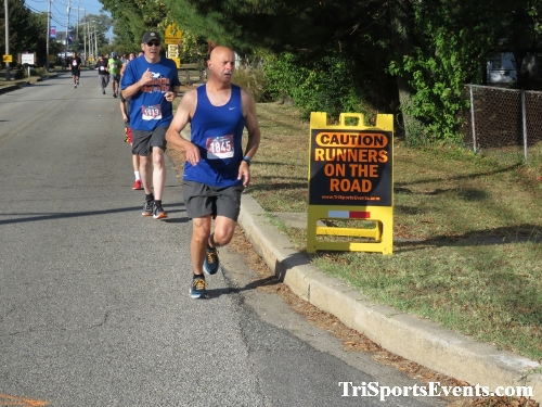 Rock Hall FallFest Rub for Character 5K Run/Walk<br><br><br><br><a href='https://www.trisportsevents.com/pics/IMG_0405_17848212.JPG' download='IMG_0405_17848212.JPG'>Click here to download.</a><Br><a href='http://www.facebook.com/sharer.php?u=http:%2F%2Fwww.trisportsevents.com%2Fpics%2FIMG_0405_17848212.JPG&t=Rock Hall FallFest Rub for Character 5K Run/Walk' target='_blank'><img src='images/fb_share.png' width='100'></a>