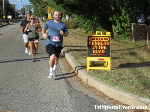 Rock Hall FallFest Rub for Character 5K Run/Walk<br><br><br><br><a href='https://www.trisportsevents.com/pics/IMG_0414_34075046.JPG' download='IMG_0414_34075046.JPG'>Click here to download.</a><Br><a href='http://www.facebook.com/sharer.php?u=http:%2F%2Fwww.trisportsevents.com%2Fpics%2FIMG_0414_34075046.JPG&t=Rock Hall FallFest Rub for Character 5K Run/Walk' target='_blank'><img src='images/fb_share.png' width='100'></a>