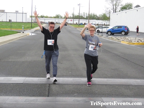 Heart & Sole 5K Run/Walk<br><br><br><br><a href='https://www.trisportsevents.com/pics/IMG_0417_60267322.JPG' download='IMG_0417_60267322.JPG'>Click here to download.</a><Br><a href='http://www.facebook.com/sharer.php?u=http:%2F%2Fwww.trisportsevents.com%2Fpics%2FIMG_0417_60267322.JPG&t=Heart & Sole 5K Run/Walk' target='_blank'><img src='images/fb_share.png' width='100'></a>