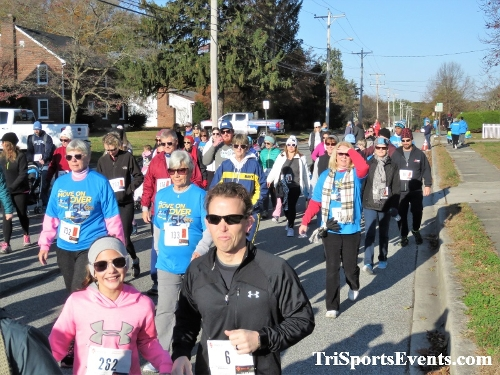 Bayhealth Move on Over 5K Run/Walk<br><br><br><br><a href='https://www.trisportsevents.com/pics/IMG_0421_11215673.JPG' download='IMG_0421_11215673.JPG'>Click here to download.</a><Br><a href='http://www.facebook.com/sharer.php?u=http:%2F%2Fwww.trisportsevents.com%2Fpics%2FIMG_0421_11215673.JPG&t=Bayhealth Move on Over 5K Run/Walk' target='_blank'><img src='images/fb_share.png' width='100'></a>