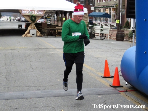 Run Like The Dickens 5K Run/Walk<br><br><br><br><a href='https://www.trisportsevents.com/pics/IMG_0423_61928797.JPG' download='IMG_0423_61928797.JPG'>Click here to download.</a><Br><a href='http://www.facebook.com/sharer.php?u=http:%2F%2Fwww.trisportsevents.com%2Fpics%2FIMG_0423_61928797.JPG&t=Run Like The Dickens 5K Run/Walk' target='_blank'><img src='images/fb_share.png' width='100'></a>