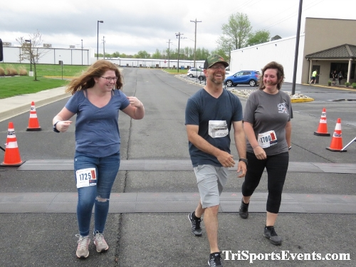 Heart & Sole 5K Run/Walk<br><br><br><br><a href='https://www.trisportsevents.com/pics/IMG_0429_69575561.JPG' download='IMG_0429_69575561.JPG'>Click here to download.</a><Br><a href='http://www.facebook.com/sharer.php?u=http:%2F%2Fwww.trisportsevents.com%2Fpics%2FIMG_0429_69575561.JPG&t=Heart & Sole 5K Run/Walk' target='_blank'><img src='images/fb_share.png' width='100'></a>