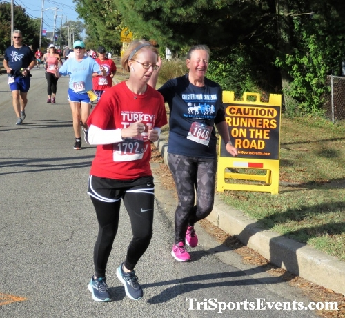 Rock Hall FallFest Rub for Character 5K Run/Walk<br><br><br><br><a href='https://www.trisportsevents.com/pics/IMG_0436_12285667.JPG' download='IMG_0436_12285667.JPG'>Click here to download.</a><Br><a href='http://www.facebook.com/sharer.php?u=http:%2F%2Fwww.trisportsevents.com%2Fpics%2FIMG_0436_12285667.JPG&t=Rock Hall FallFest Rub for Character 5K Run/Walk' target='_blank'><img src='images/fb_share.png' width='100'></a>