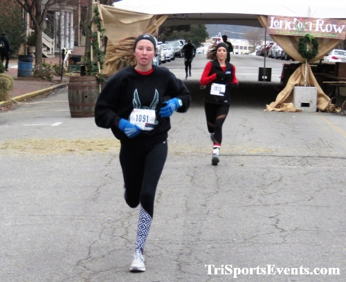 Run Like The Dickens 5K Run/Walk<br><br><br><br><a href='https://www.trisportsevents.com/pics/IMG_0436_78709877.JPG' download='IMG_0436_78709877.JPG'>Click here to download.</a><Br><a href='http://www.facebook.com/sharer.php?u=http:%2F%2Fwww.trisportsevents.com%2Fpics%2FIMG_0436_78709877.JPG&t=Run Like The Dickens 5K Run/Walk' target='_blank'><img src='images/fb_share.png' width='100'></a>