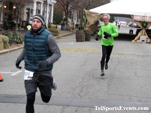 Run Like The Dickens 5K Run/Walk<br><br><br><br><a href='http://www.trisportsevents.com/pics/IMG_0438_9681187.JPG' download='IMG_0438_9681187.JPG'>Click here to download.</a><Br><a href='http://www.facebook.com/sharer.php?u=http:%2F%2Fwww.trisportsevents.com%2Fpics%2FIMG_0438_9681187.JPG&t=Run Like The Dickens 5K Run/Walk' target='_blank'><img src='images/fb_share.png' width='100'></a>