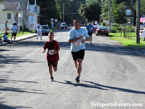 41st Great Wyoming Buffalo Stampede 5K/10K<br><br><br><br><a href='https://www.trisportsevents.com/pics/IMG_0457_81964585.JPG' download='IMG_0457_81964585.JPG'>Click here to download.</a><Br><a href='http://www.facebook.com/sharer.php?u=http:%2F%2Fwww.trisportsevents.com%2Fpics%2FIMG_0457_81964585.JPG&t=41st Great Wyoming Buffalo Stampede 5K/10K' target='_blank'><img src='images/fb_share.png' width='100'></a>