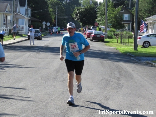 41st Great Wyoming Buffalo Stampede 5K/10K<br><br><br><br><a href='https://www.trisportsevents.com/pics/IMG_0458_61243457.JPG' download='IMG_0458_61243457.JPG'>Click here to download.</a><Br><a href='http://www.facebook.com/sharer.php?u=http:%2F%2Fwww.trisportsevents.com%2Fpics%2FIMG_0458_61243457.JPG&t=41st Great Wyoming Buffalo Stampede 5K/10K' target='_blank'><img src='images/fb_share.png' width='100'></a>