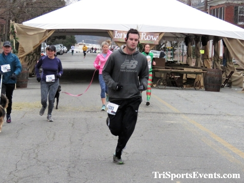Run Like The Dickens 5K Run/Walk<br><br><br><br><a href='https://www.trisportsevents.com/pics/IMG_0471_46607436.JPG' download='IMG_0471_46607436.JPG'>Click here to download.</a><Br><a href='http://www.facebook.com/sharer.php?u=http:%2F%2Fwww.trisportsevents.com%2Fpics%2FIMG_0471_46607436.JPG&t=Run Like The Dickens 5K Run/Walk' target='_blank'><img src='images/fb_share.png' width='100'></a>
