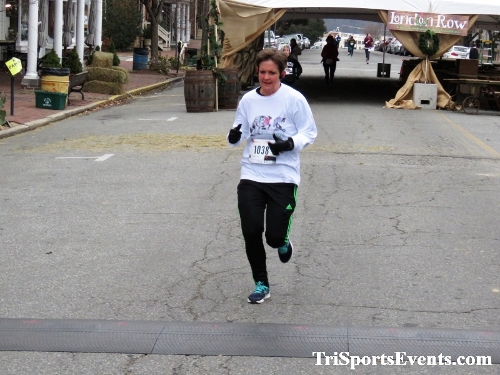 Run Like The Dickens 5K Run/Walk<br><br><br><br><a href='http://www.trisportsevents.com/pics/IMG_0474_18901575.JPG' download='IMG_0474_18901575.JPG'>Click here to download.</a><Br><a href='http://www.facebook.com/sharer.php?u=http:%2F%2Fwww.trisportsevents.com%2Fpics%2FIMG_0474_18901575.JPG&t=Run Like The Dickens 5K Run/Walk' target='_blank'><img src='images/fb_share.png' width='100'></a>