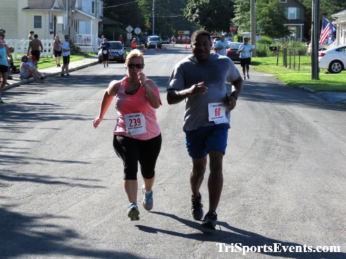 41st Great Wyoming Buffalo Stampede 5K/10K<br><br><br><br><a href='https://www.trisportsevents.com/pics/IMG_0474_27995557.JPG' download='IMG_0474_27995557.JPG'>Click here to download.</a><Br><a href='http://www.facebook.com/sharer.php?u=http:%2F%2Fwww.trisportsevents.com%2Fpics%2FIMG_0474_27995557.JPG&t=41st Great Wyoming Buffalo Stampede 5K/10K' target='_blank'><img src='images/fb_share.png' width='100'></a>